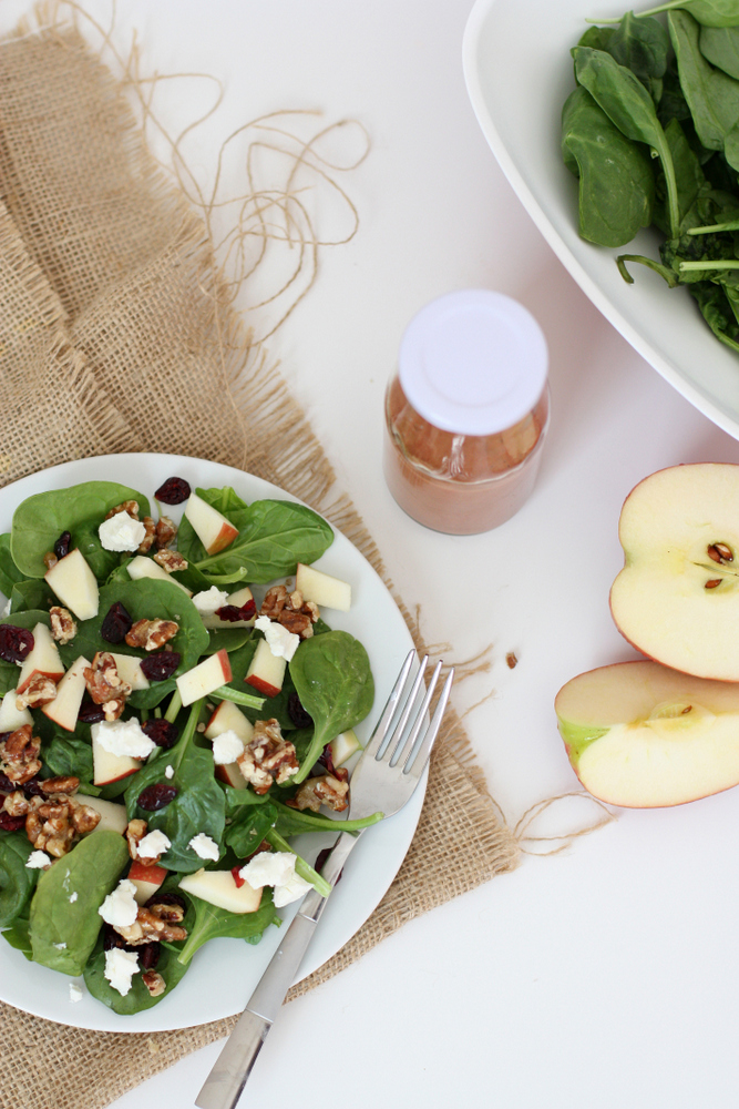 Super easy homemade strawberry balsamic salad dressing plus tips for the best spinach salad ever