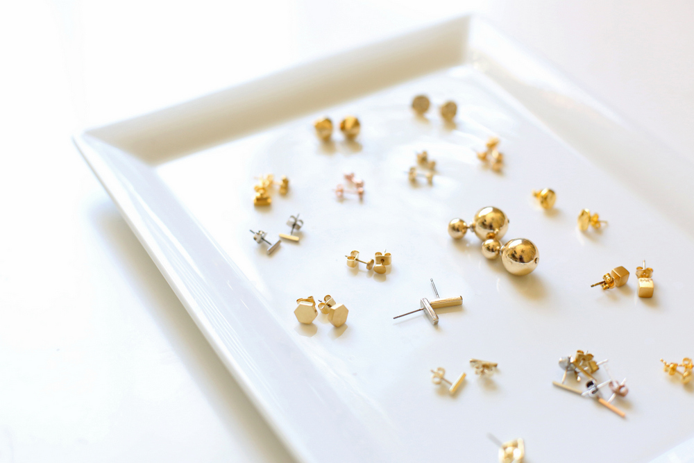 Every Girl Buys: Gold Stud Earrings - Everyday Reading