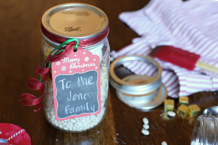Instead of ANOTHER sweet at the holidays, this gift means the recipient can have dinner in the crockpot in about three minutes. It'll be the best neighbor gift they get all year.