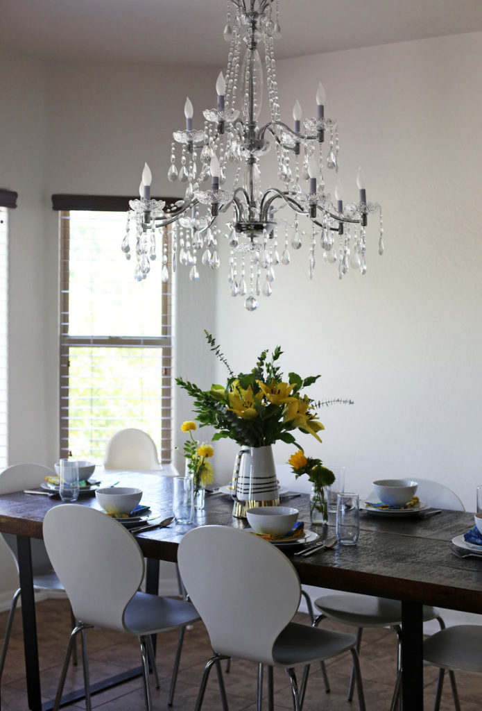House Tour Breakfast Nook Everyday Reading - Breakfast table chandelier