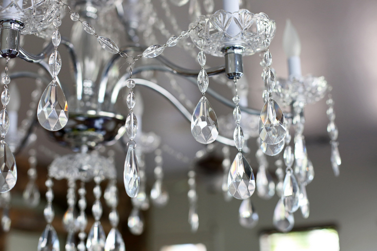 Crystal chandelier for breakfast nook
