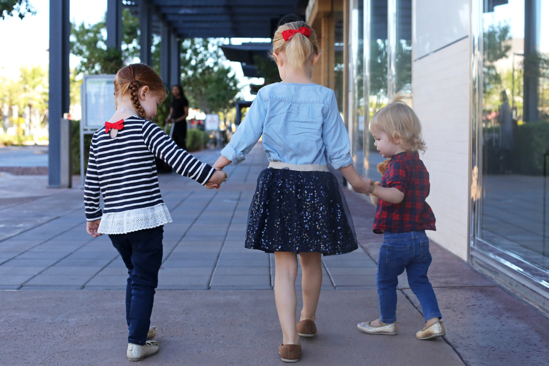 5 Tips For Picking Children S Clothing Everyday Reading
