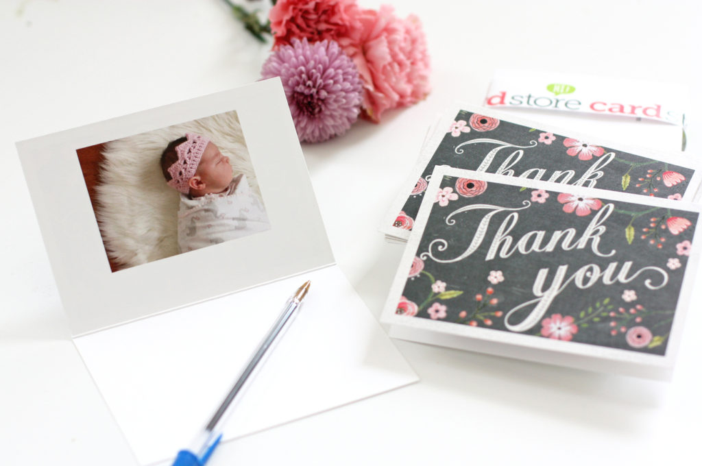 What to write in a thank you card the easiest trick how to write a thank you card altavistaventures Images